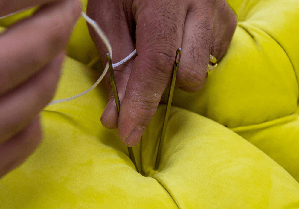 top-upholstery-techniques-series-deep-buttoning