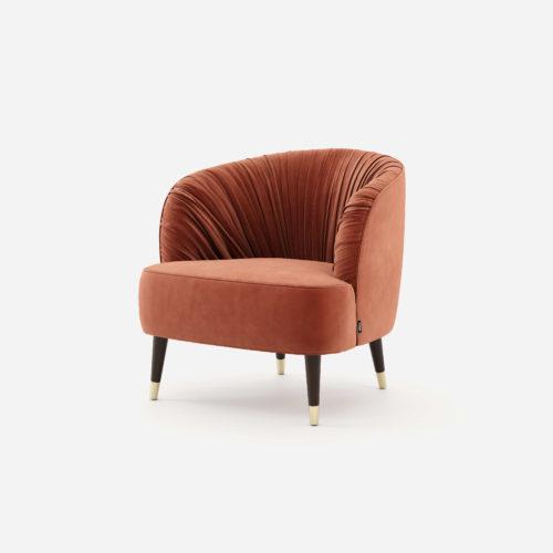 projetos-de-decoração-camille-cadeirao-domkapa-estofo-veludo-design-de-interiores-tendencias-salas-de-estar