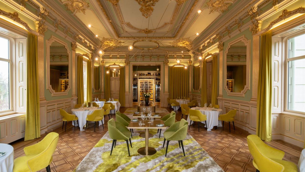 vila-foz-hotel-amp-spa-10-projetos-de-design-de-interiores-blog-domkapa-upholstery-dining-room