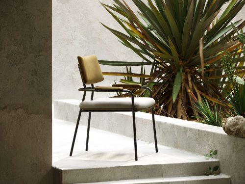 stranger-chair-industrial-design-black-steel-structure-dining-room-livign-room-domkapa